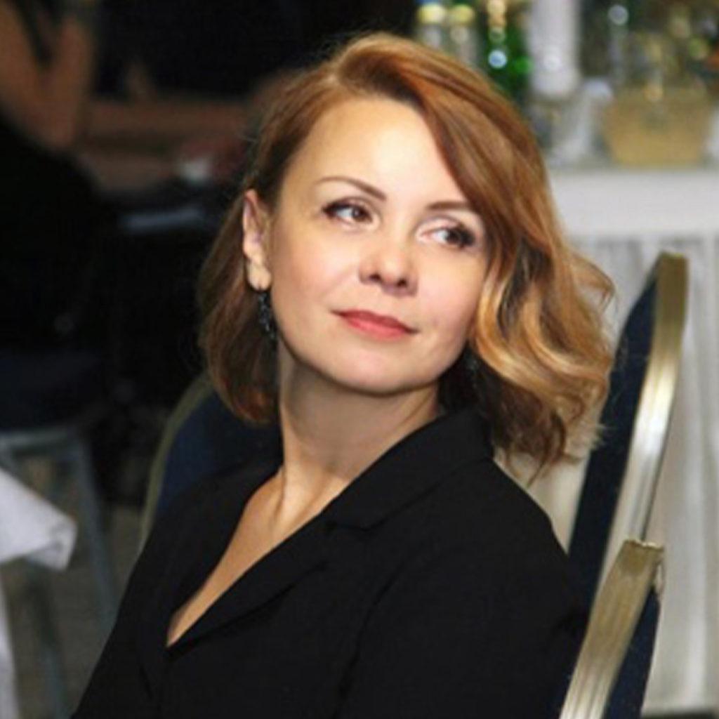 Леонова Людмила