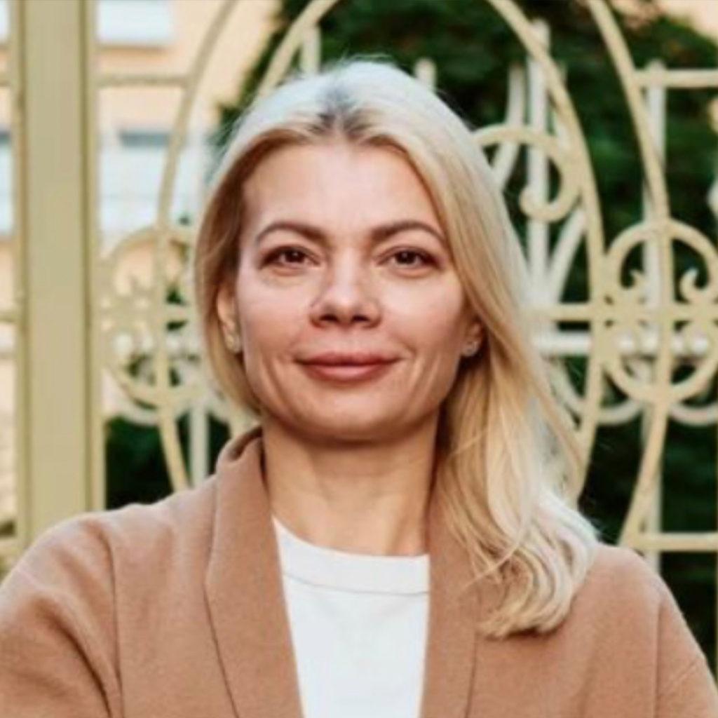 ЛомакИн Анна